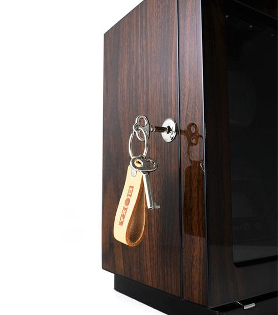 BLDC 01 Деревянная шкатулка для подзавода одних наручных часов. Отделка Макассар