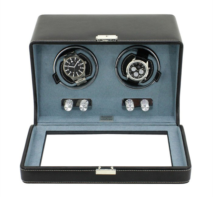29474-2 Шкатулка для подзавода 2 механических часов изготовлена из высококачественной черной экокожи с прозрачной стеклянной крышкой.