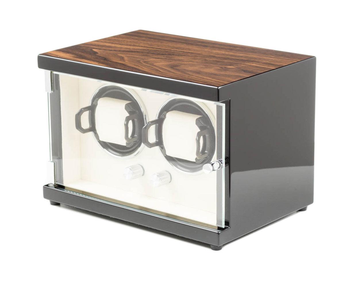 Modalo 15.02.92 Шкатулка для 2 часов с подзаводом. Глянцевый деревянный корпус, внутренняя отделка кожа. Питание – сеть.