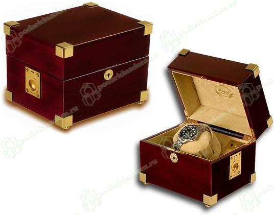 Rapport W161 Деревянная заводная шкатулка для часов фирмы Rapport Captain's. Изнутри отделана бархатом. Мягкая подушечка для часов, не повредит даже самый нежный ремешок